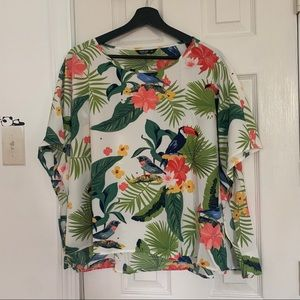 NWOT Tropical Top With Large Arm Hole
